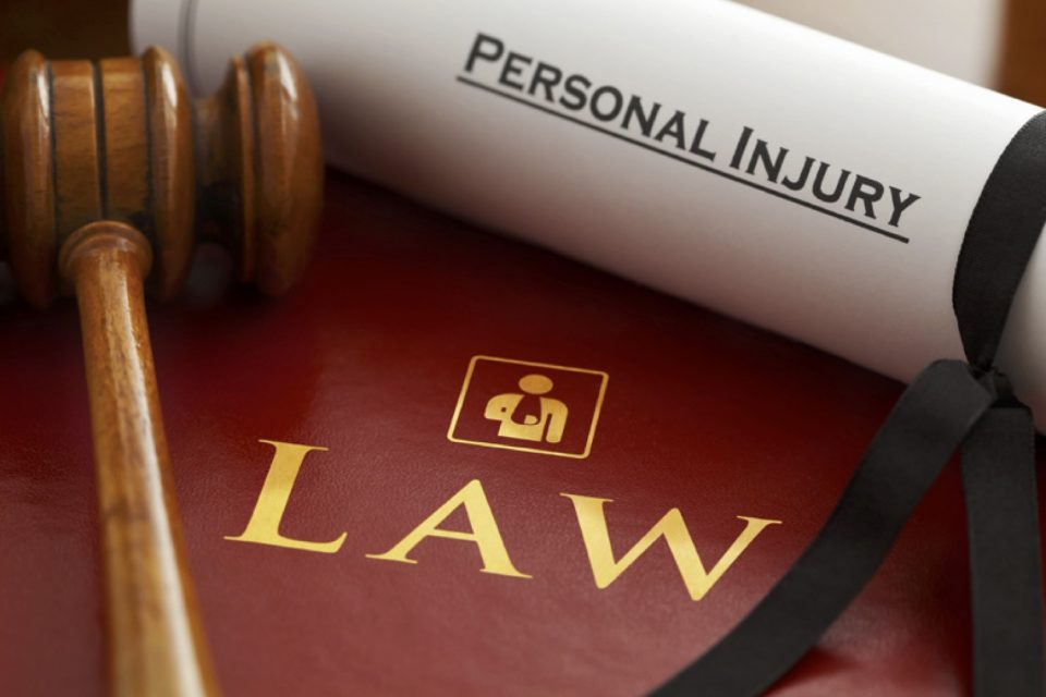 When Is It Time To Turn To A Personal Injury Lawyer?