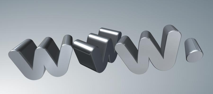 Review: 4 Major Web Hosting Services