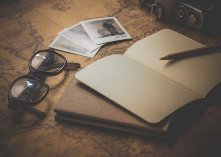 Side Hustles You Can Do While Traveling The World