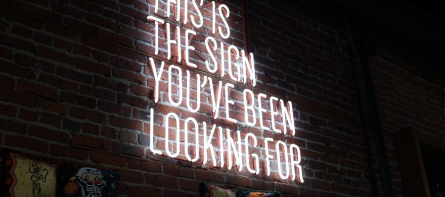 3 Tips to Marketing Your Startup With Signage