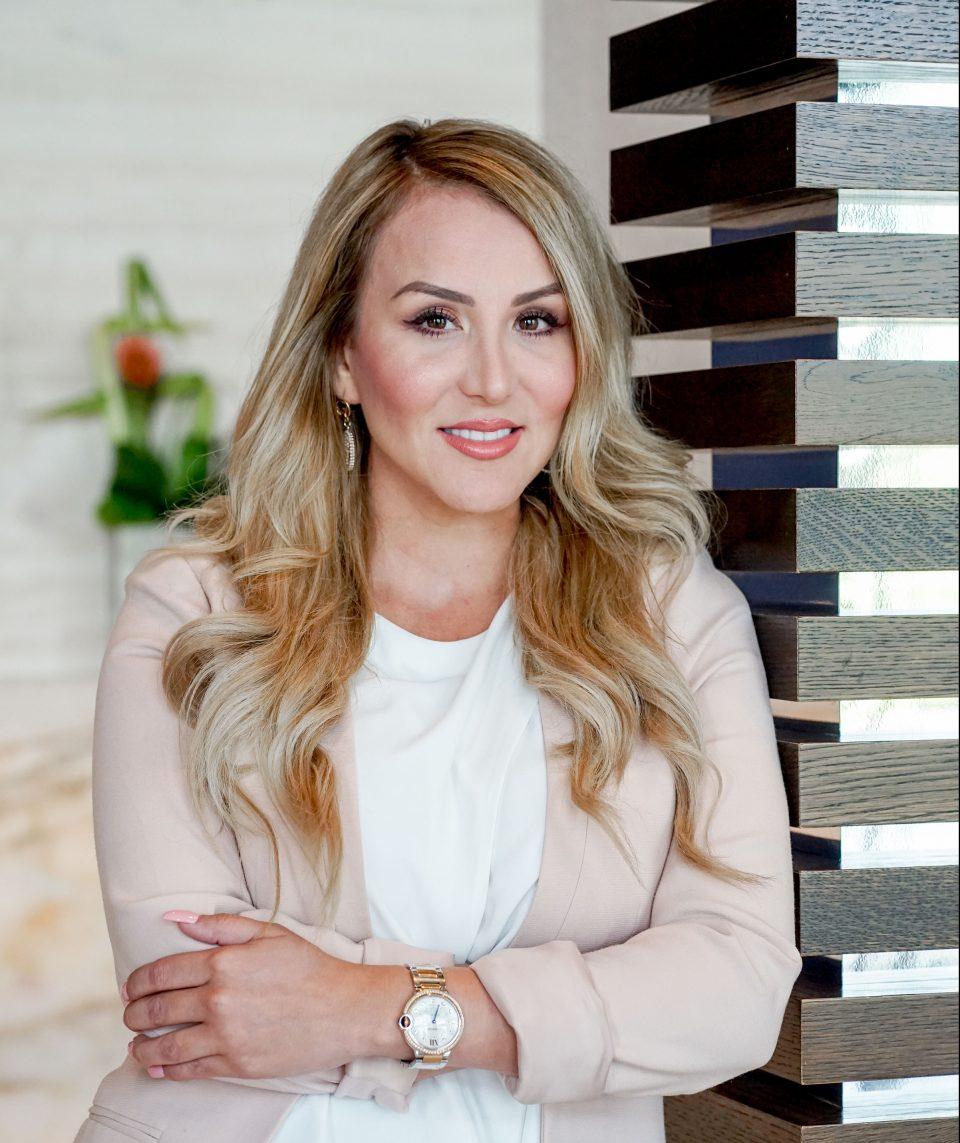 Female Founder Interview: Perla Tamez, Entrepreneur and Motivational Speaker