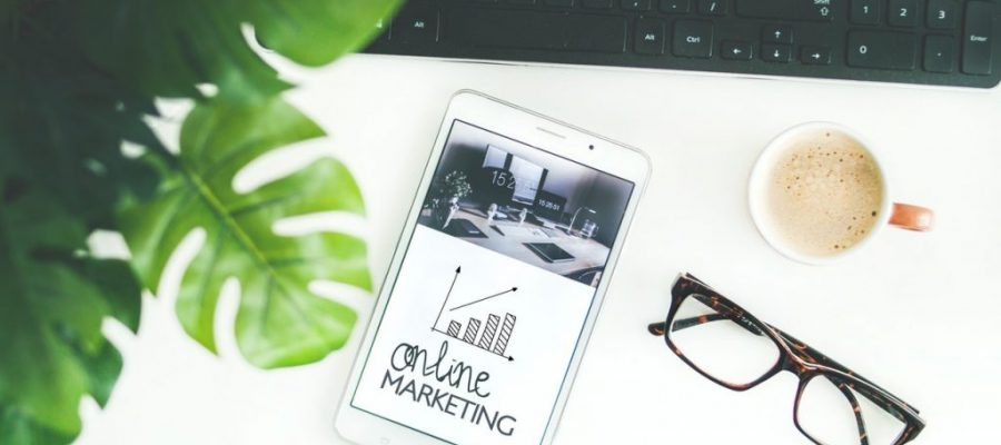 Strategies For Finding The Balance Between Traditional And Digital Marketing For Your Startup